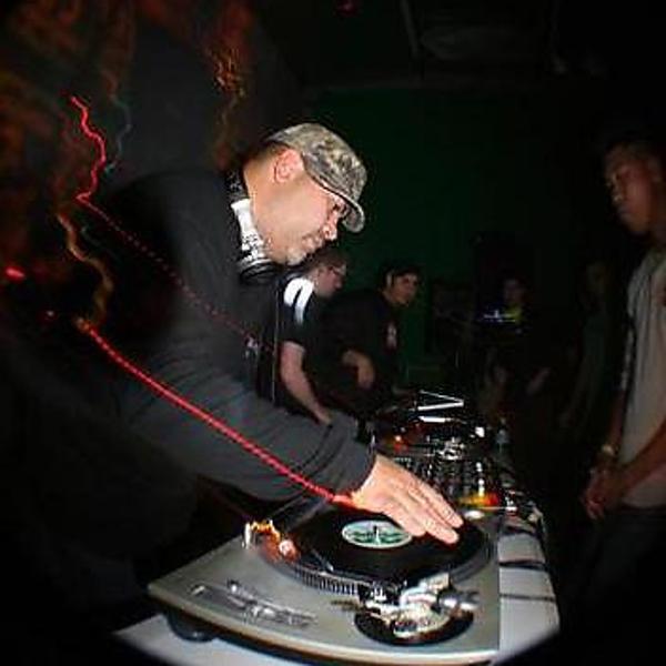 Музыка от DJ Hyperactive в формате mp3